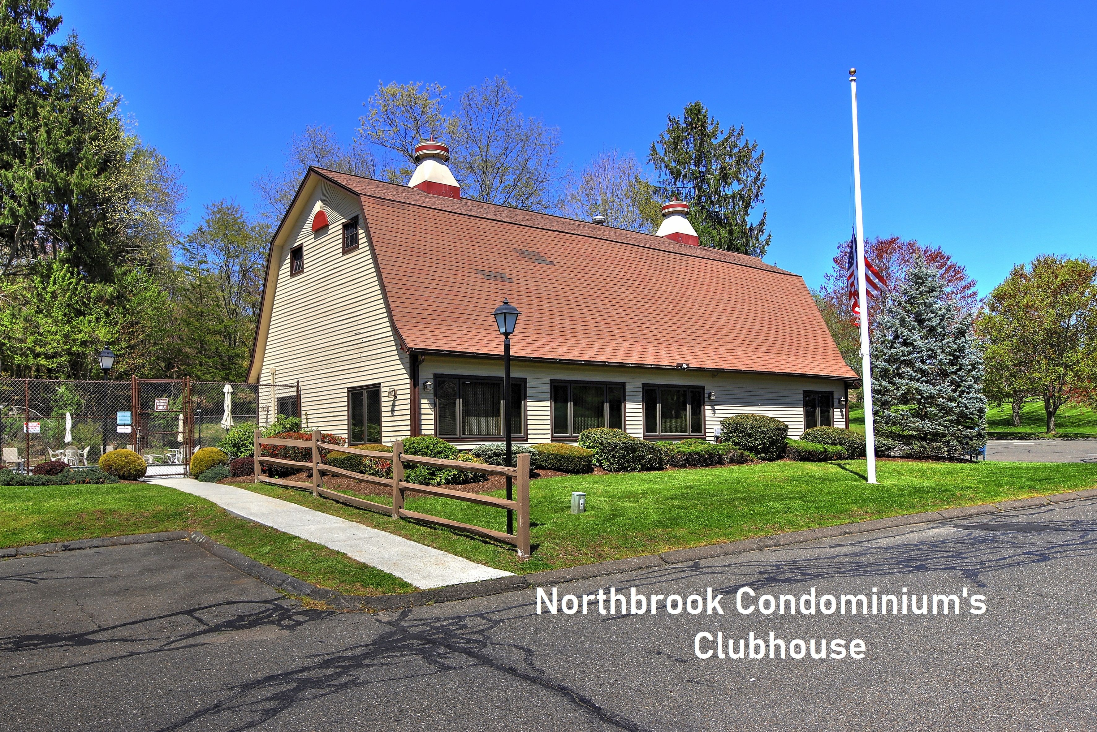 northbrook condo clubhouse