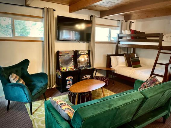 Premium Family Studio - Grand Pine Cabins Wrightwood Hotel