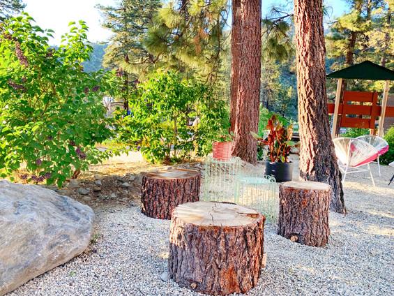 Lower Garden - Grand Pine Cabins