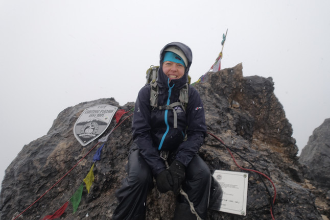 Summit Carstenz Pyramic