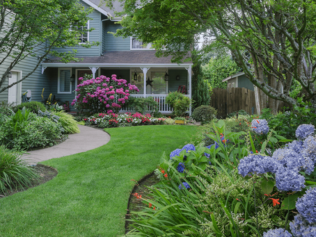 5 Front Yard Landscaping Tips for Selling Your Home
