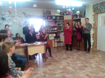 """Розважальна програма """"Валентин і Валентина"""" в """"Евересті"""""""