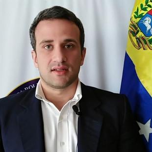 """Scull: """"500 mil venezolanos se beneficiarán tras decreto de regularización migratoria en Perú"""""""