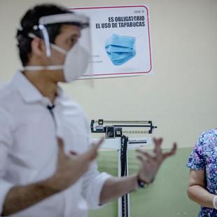 """""""Urge lograr vacunación contra el Covid-19 en el menor tiempo posible"""", afirmó el Presidente Guaidó"""