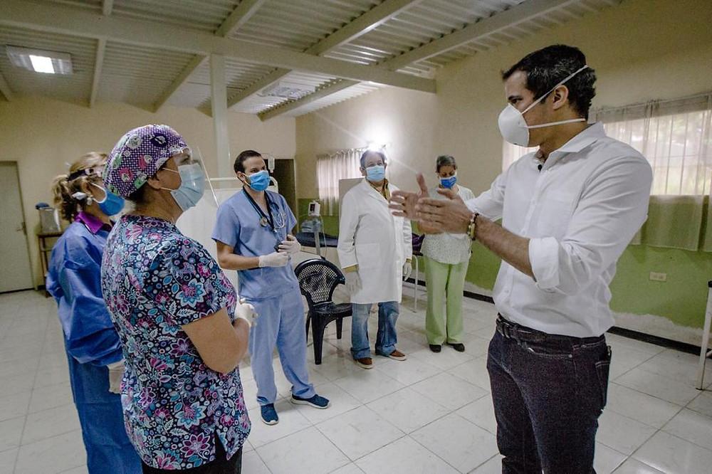 Gobierno Legitimo Presenta Manual De Preguntas Y Respuestas Sobre El Bono Heroes De La Salud