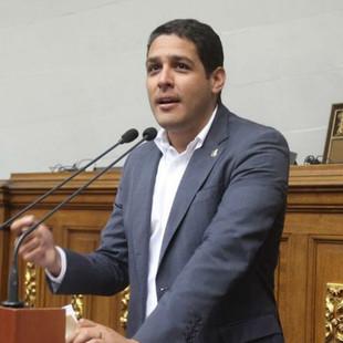 Comisionado Olivares: Proteger a nuestro personal de salud siempre ha sido prioridad