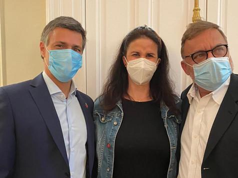 """Embajadora Ponte: """"Se adelantan acciones para Consulta Popular en Europa"""""""