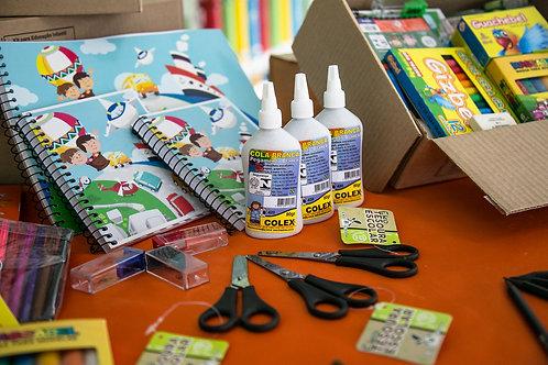 Doe - Kit Material Escolar/Recreação Simples