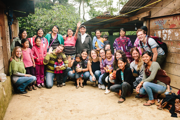 voluntarios en comunidad