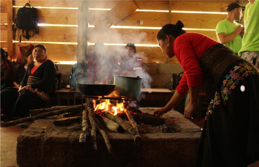 Cocinando en la comunidad