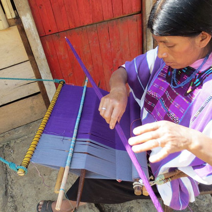WEAVERS FROM THE OXCHUC MUNICIPALITY