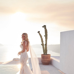 santorini bride makeup