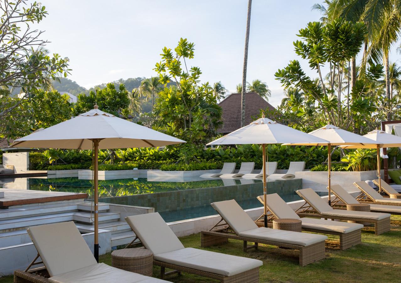 Sunbed&Pool