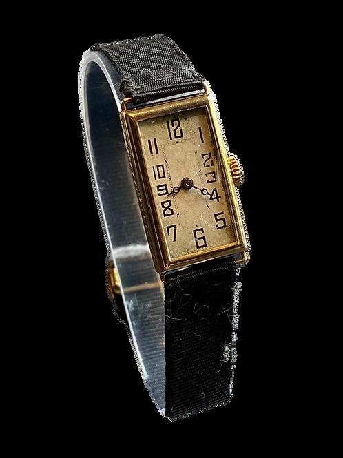 1924 18ct Gold Ladies Dress Watch
