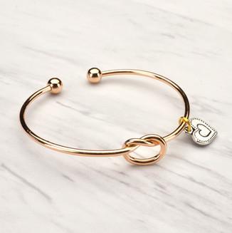 Tie the knot gold bracelet