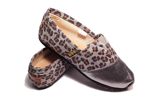 Classic Canvas Slip Ons Shoes, Silver Animal Print Fragolinas