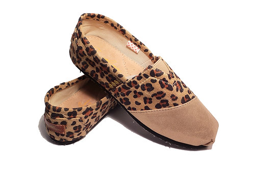 Classic Canvas Slip Ons Shoes, Gold Animal Print Fragolinas