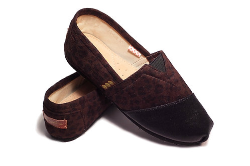 Classic Canvas Slip Ons Shoes, Brown Animal Print Fragolinas