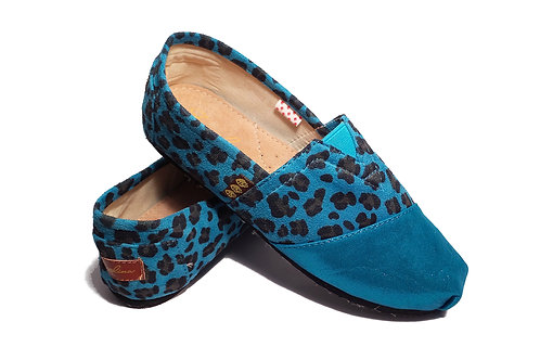 Classic Canvas Slip Ons Shoes, Blue Animal Print Fragolinas