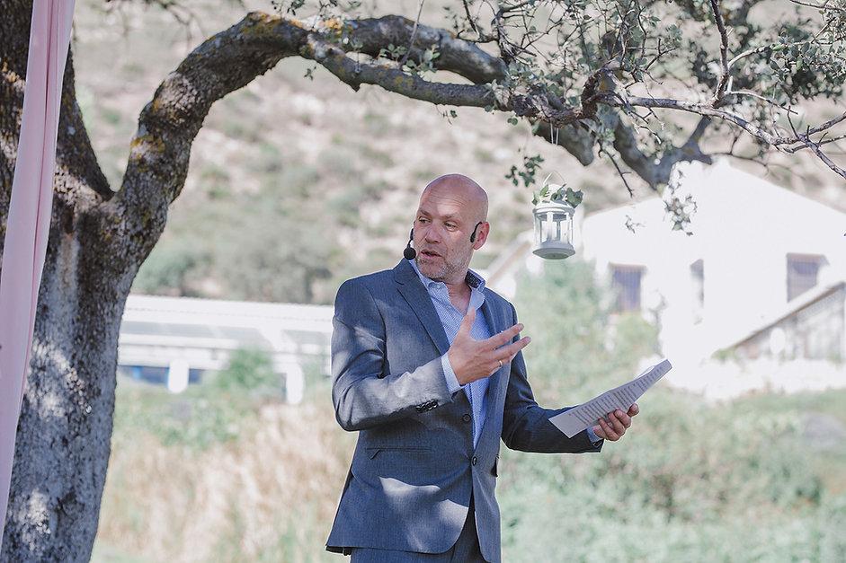Bart Van Puyenbroeck, verteller, mentor en schrijver