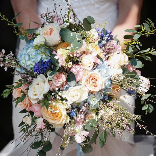 ashleighs wedding bouquet.jpg