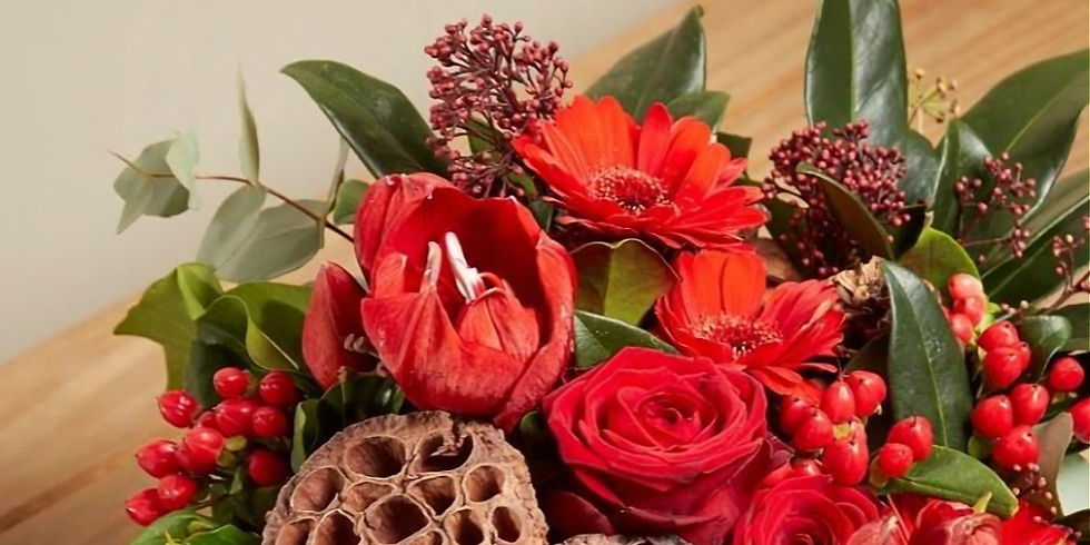 Traditional table decoration for Christmas - £45