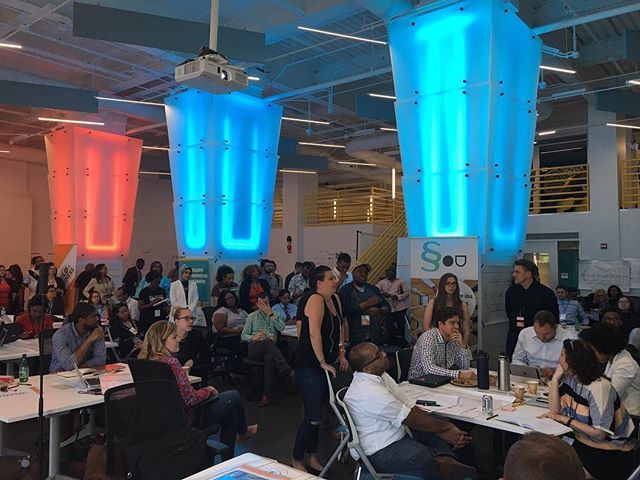 📢 Amazing turnout of a #diverse group of #entrepeneurs & #innovators at _in3dc for the #startupcup