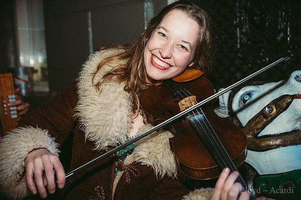 Foto Annelies viool.jpg