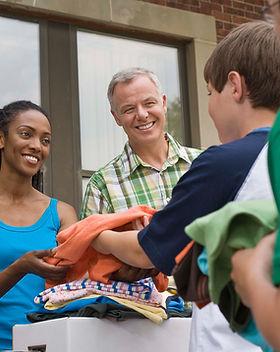 Receber doações em roupa Drive_croped