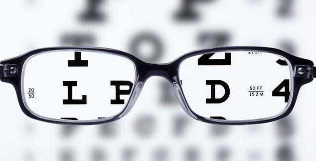 a74bff5f2 Geralmente lembramos da receita quando mais precisamos dela. Seja na hora  de fazer um óculos de grau ou na hora de comprar uma lente de contato.