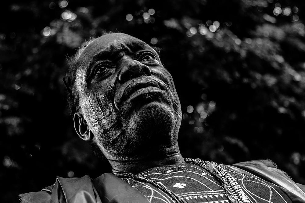 Fotografia do Elegun de Xangô de Oyó/Nigéria.