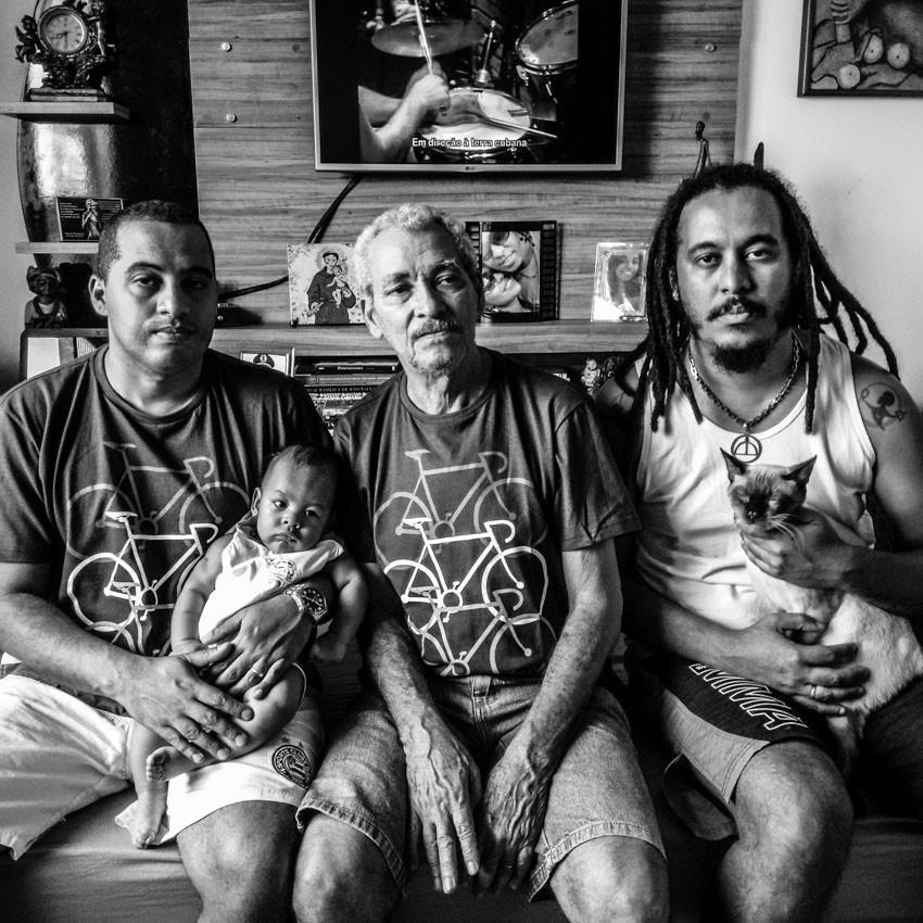 Fotografia da família de Tacun Lecy, produzida por Kelly Fernanda.
