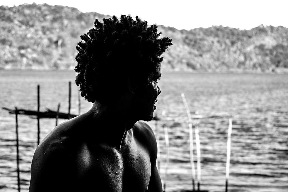 Fotografia de morador da comunidade Coqueiros, em Maragogipe/BA.
