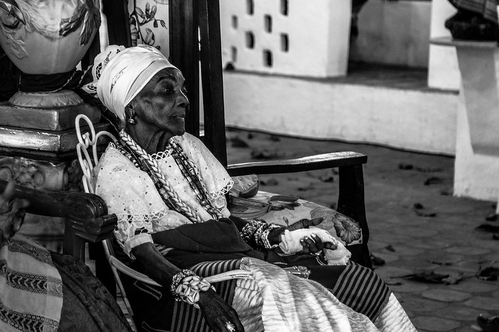 Fotografia de Mãe Tieta de Yemanjá, Ìyá Kekerê do Terreiro da Casa Branca.