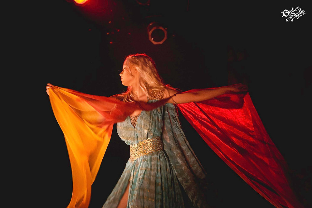 Chére Noble performing her burlesque tribute to Daenerys Targaryen of Game of Thrones