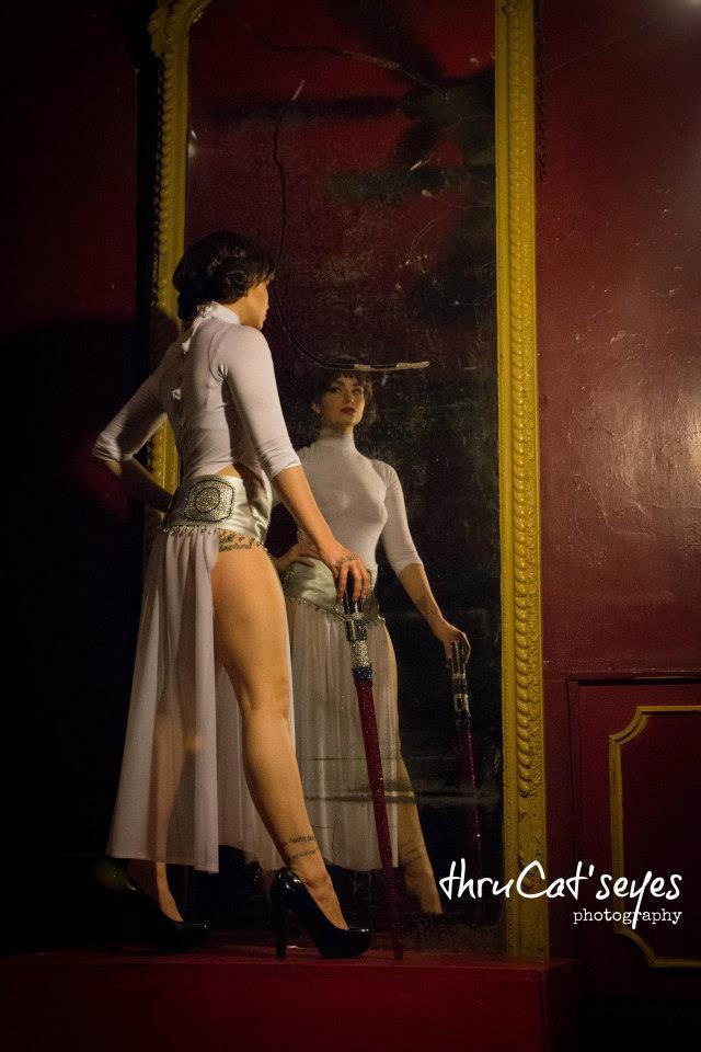 Nerdlesque Performer Xena Zeit-Geist as Princess Leia Organa in The Society of Sin Star Wars Burlesque Thru Cat's Eyes Photography