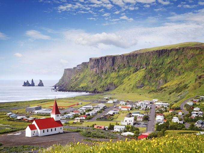 Islande-vik-vue-ensemble-2016-01