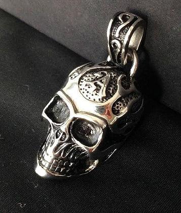 Alchemy Style skull pendant