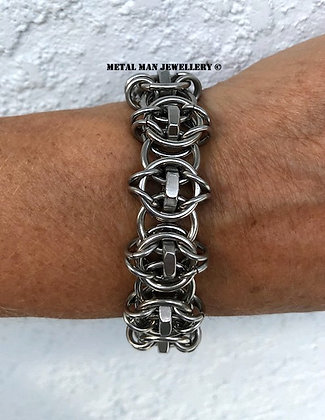 CM4 - Celtic Vision ring and lock nut bracelet