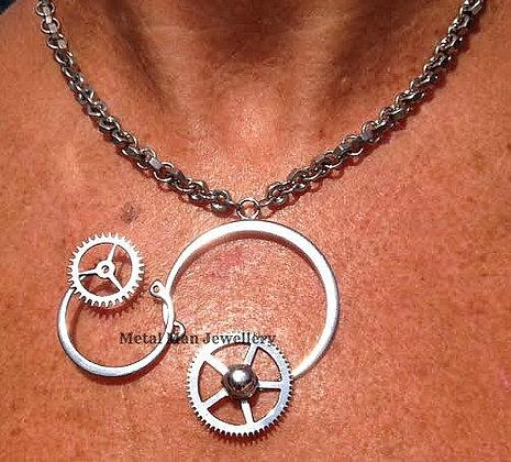 RA3  Retaining rings & gears pendant Hex Nut Chain