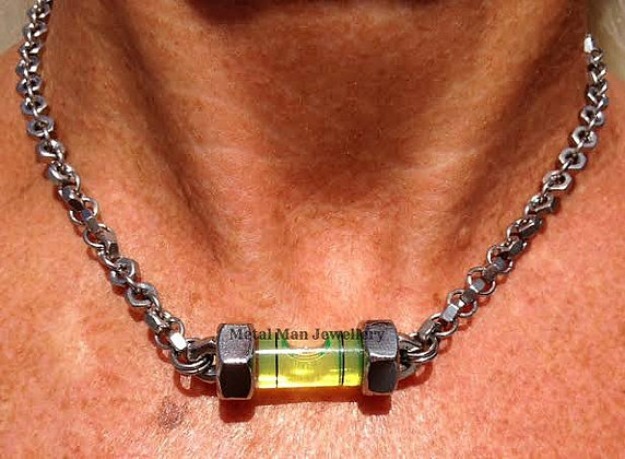 LA - Level pendant on hex nut chain