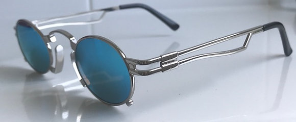 SZ2 - 4 colour option Double wired arms, small lens sunglasses