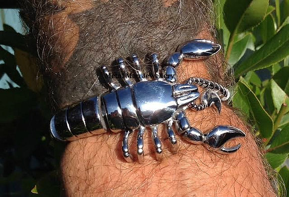 SCO - Unisex Scorpion wrap around bracelet