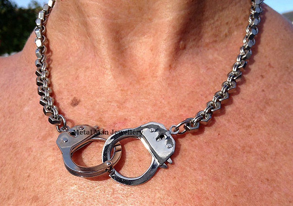 H2 - Unisex Double handcuffs on hex nut chain