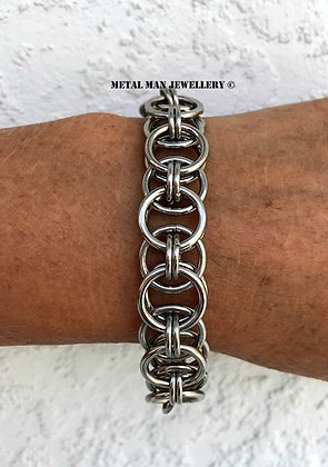 CM5 - Helm Weave bracelet