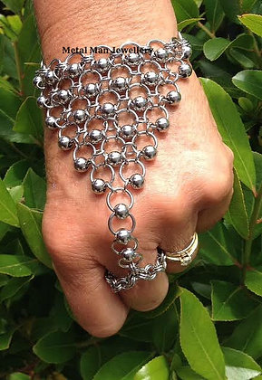 HB4 - Ball and ring hand jewellery