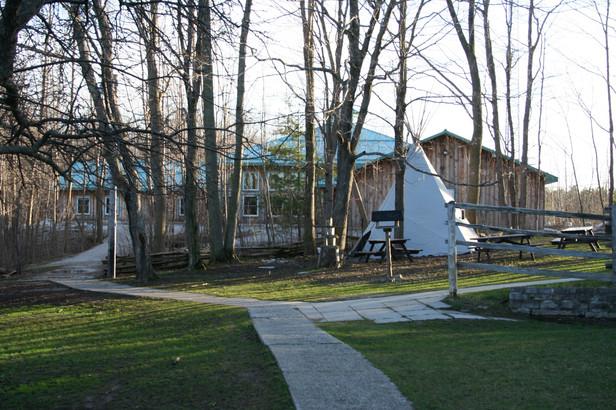 Classroom Exterior and tepee.JPG