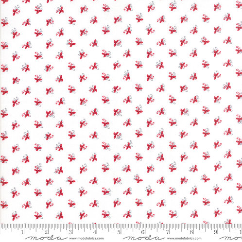 Sno 39724 11 White Red Floral