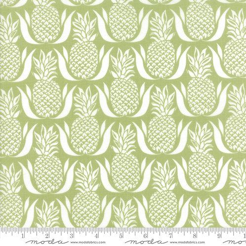 Bungalow 27293 Green Pineapples Moda Kate Spain