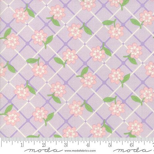 30's Playtime 2018 33354 12 Lavender Purple Floral